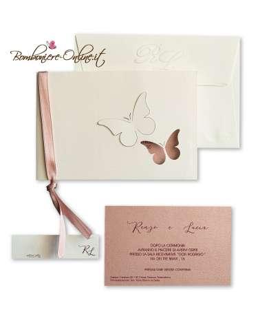 Partecipazione avorio e rosa perlato con farfalle