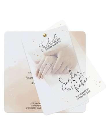 Partecipazione di nozze - Mani decorate con anelli