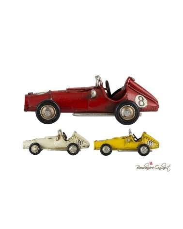 Auto da corsa vintage in latta
