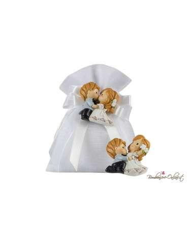 Sacchetto confetti per matrimonio bianco con magnete sposi