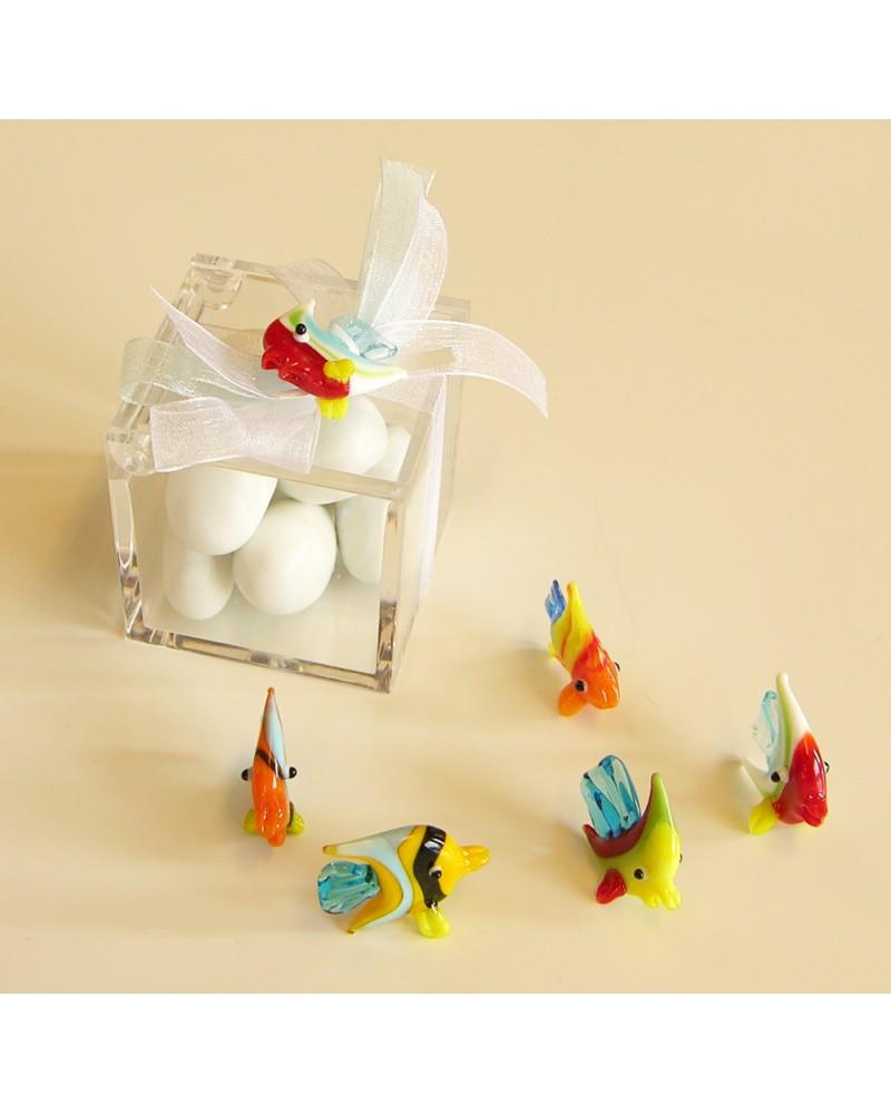 Segnaposto o bomboniera Box confetti plexiglass con pesciolini in vetro