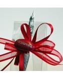 Box bomboniera in acetato trasparente con confetti rossi e pennino in vetro murano dettaglio