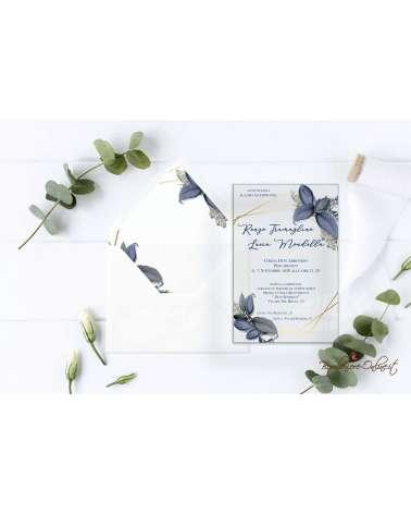 Partecipazione di nozze in plexiglass con motivo a foglie azzurre linee grafiche oro