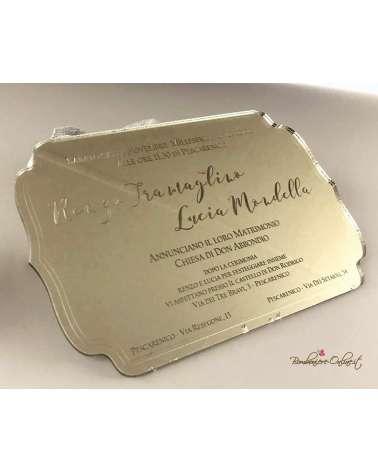 Partecipazione di nozze in plexiglass cornice oro con scritta incisa