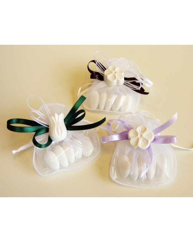 Segnaposto sacchetto confetti in organza con gesso profumato