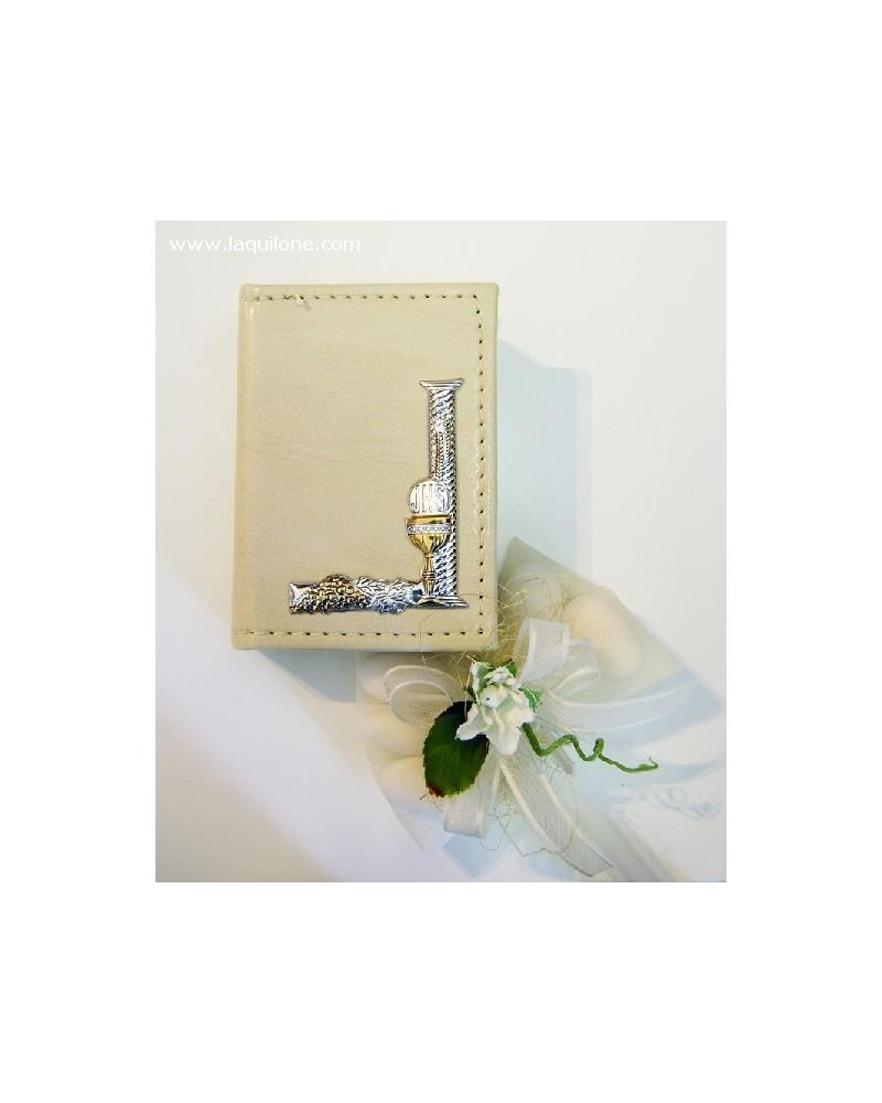 Bomboniera Comunione Vangelo con copertina in pelle e placchetta argento Calice angolare