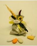 Sacchetto segnaposto in juta morbido con moconfetto e decorazioni floreali