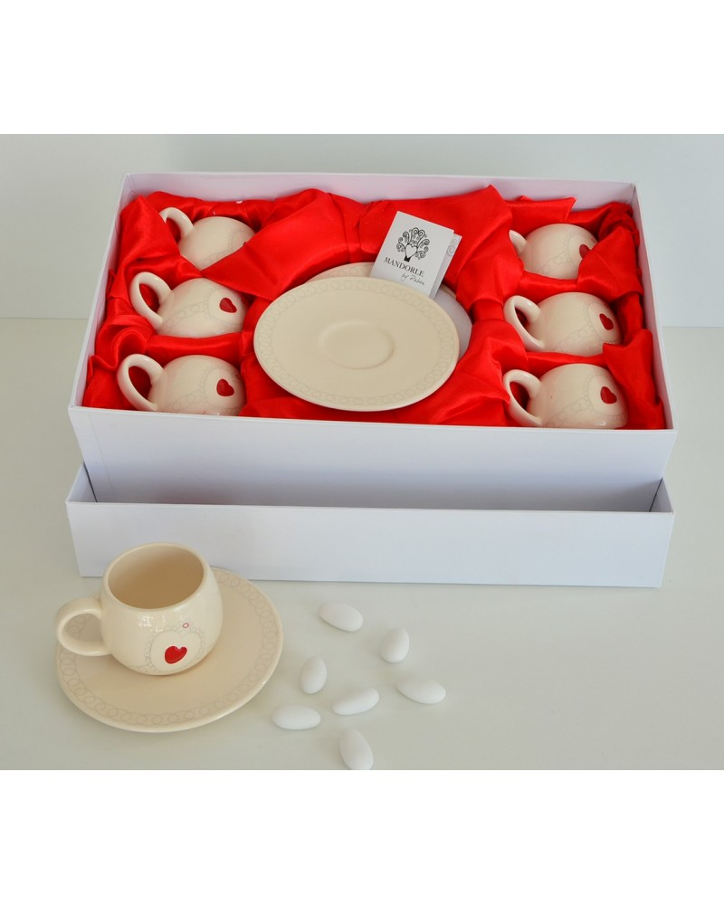 Bomboniera matrimonio set caffè in ceramica con decorazione cuore rosso