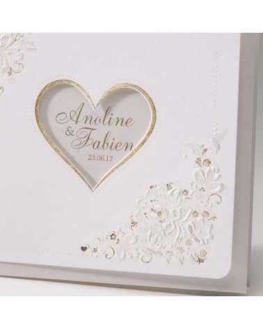 """Partecipazione matrimonio: """"Cuore d'oro"""" con decori in rilievo"""
