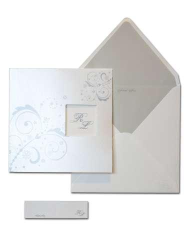 Partecipazione finestrella in carta perlata con invito