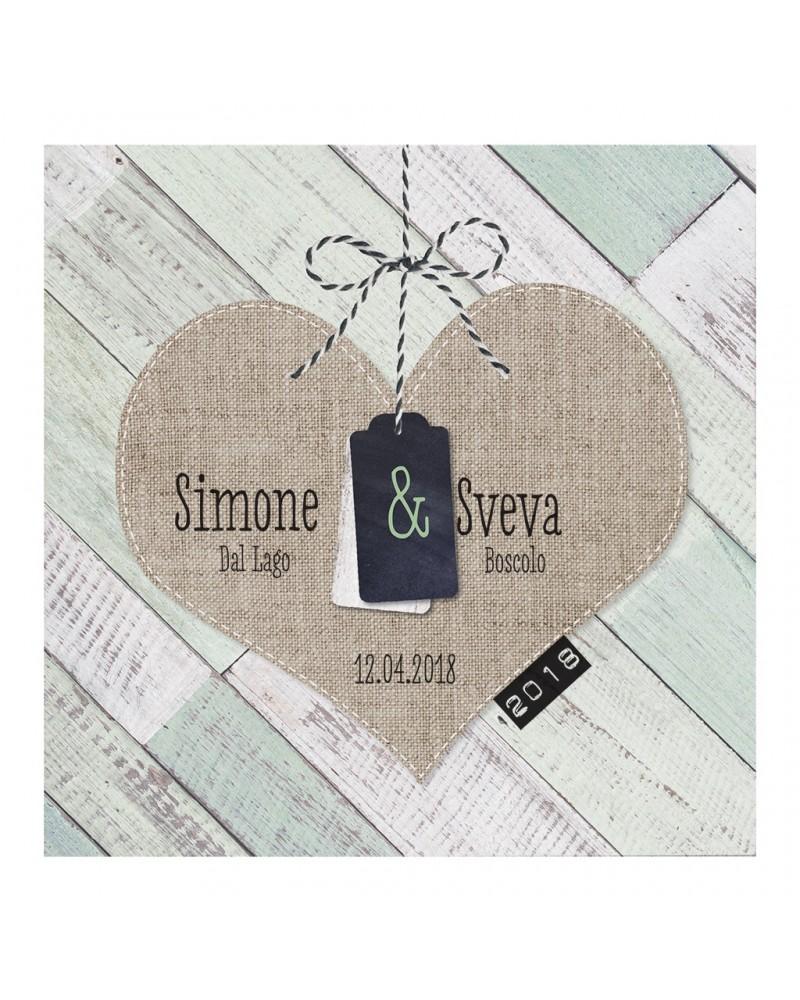 Partecipazione nozze verde menta, con cuore e stampa effetto legno