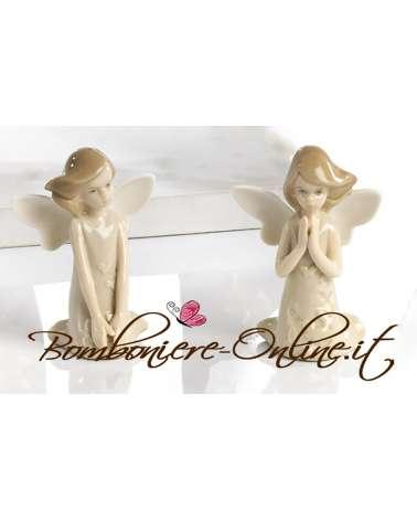 Fatina delle farfalle seduta