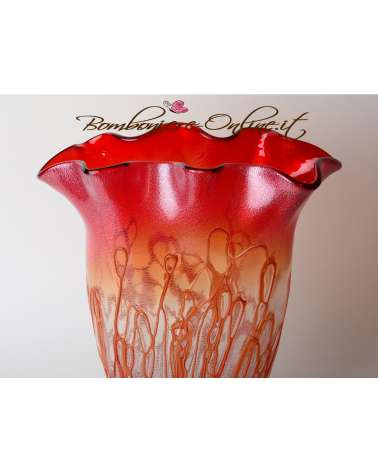 Vaso  in vetro di forma allungata colore rosso. Bomboniere testimoni nozze e genitori
