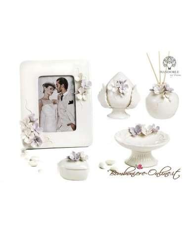 """Scatolina  con decorazione  floreali collezione """"Divine"""""""