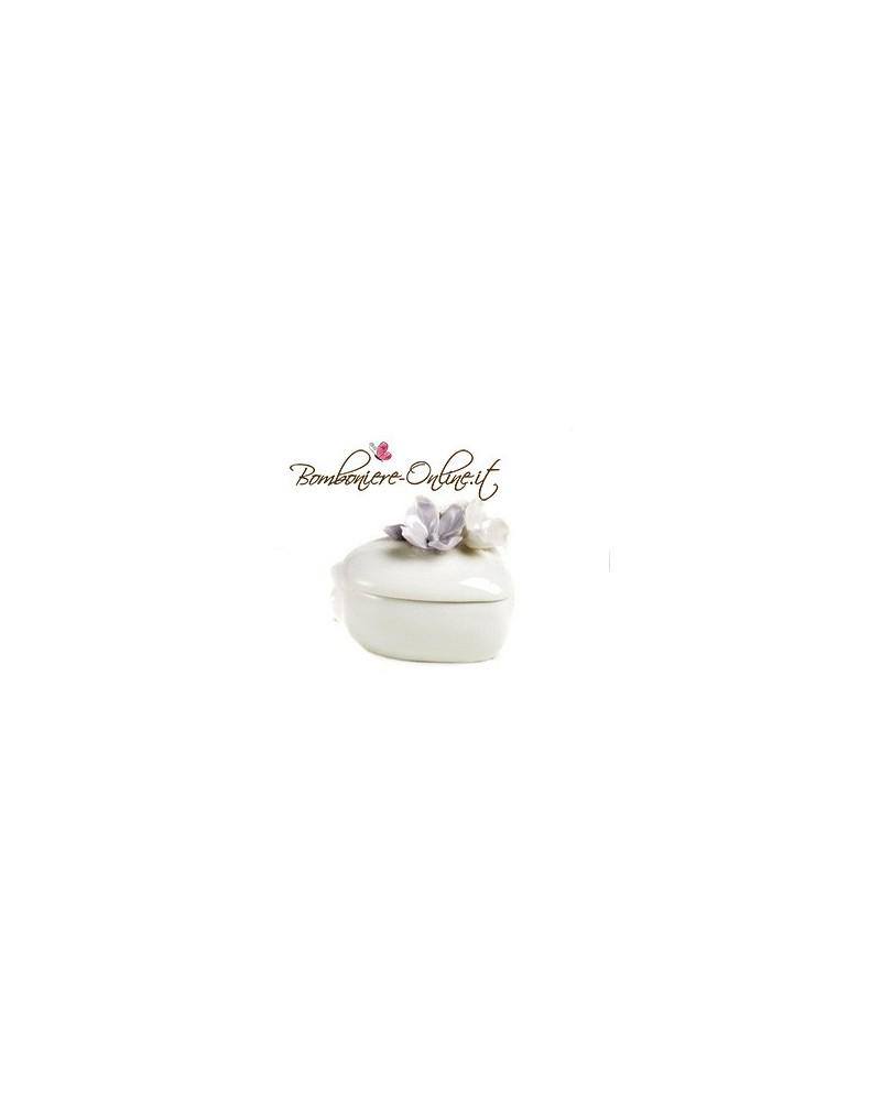 """Scatolina a forma di cuore con decorazione  floreali collezione """"Divine"""""""