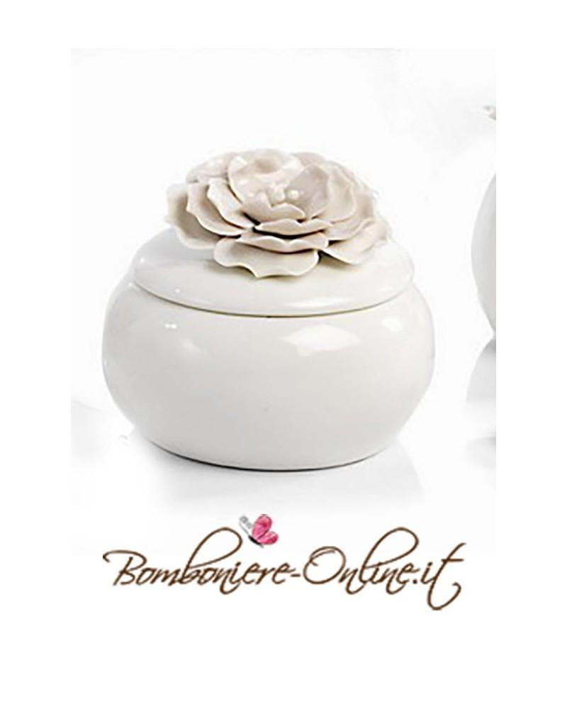 Scatolina rotonda con decorazione  floreale