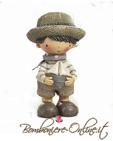 """Bimbo con cappello collezione """"Les Chapeaux"""""""