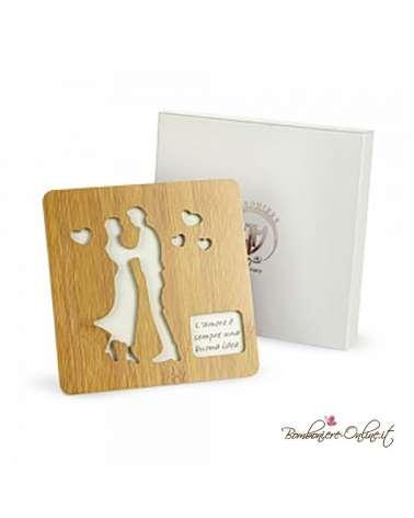 Bomboniere Matrimonio: Sottopentola in  legno Sposi Wood