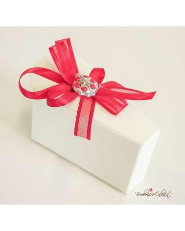 Scatola confetti Laurea in cartoncino a forma di Fetta torta con Coccinella in argento