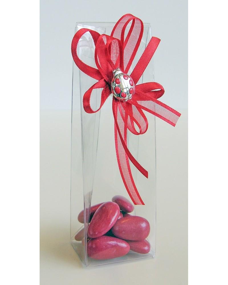 Box bomboniera in acetato trasparente con 11 confetti rossi e coccinella in argento