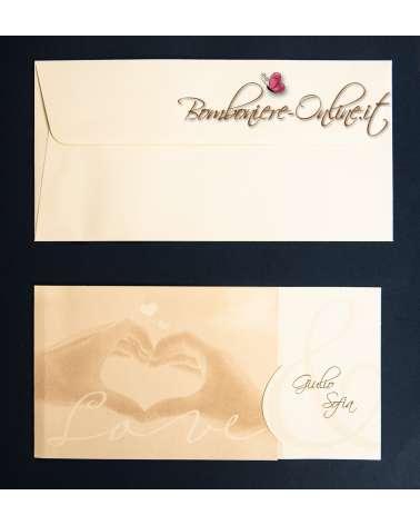 Partecipazione nozze cuore con le mani