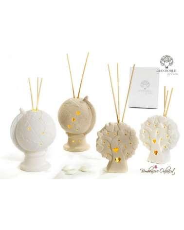 Bomboniera mappamondo diffusore per ambienti con luce in porcellana bianca bisquit