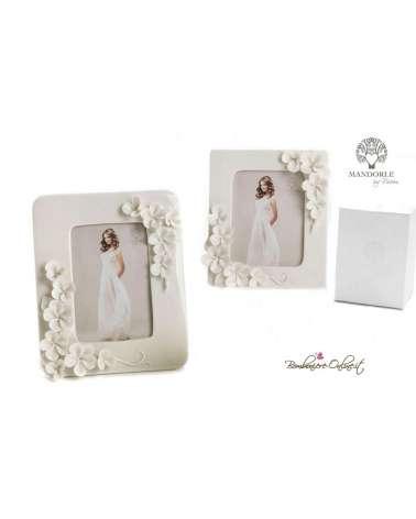 Bomboniera cornice portafoto piccola in porcellana con fiori in rilievo